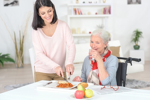 Feeding an Older Loved One with Dementia in Edmonton, AB